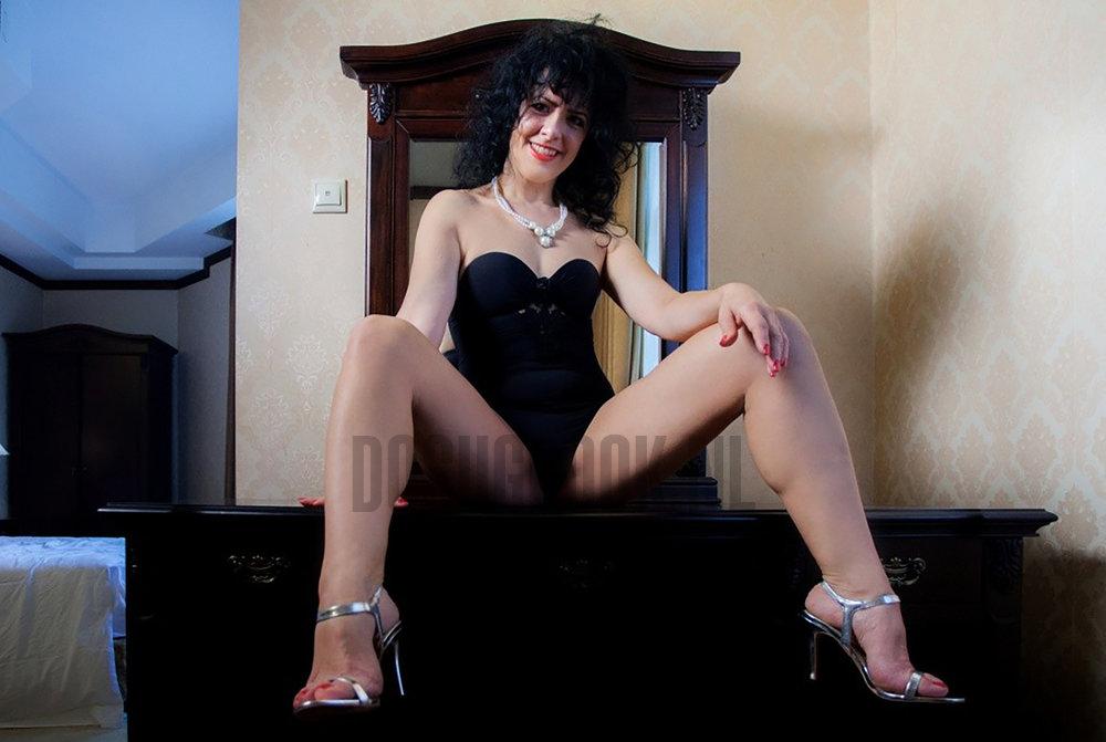 Найти проститутку или блЯдь на ночь в г луганске